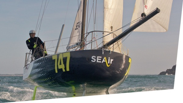 Sea trial of the first sailing hydrofoil designed by SEAir